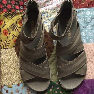 Sorel women's sandal size 7.5